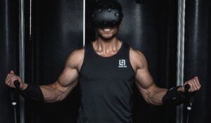 Immersive virtual workout with weight