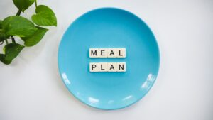 healthy meal kit delivery service. Healthy meal plan for a balanced fitness routine to stay fit in Mississauga